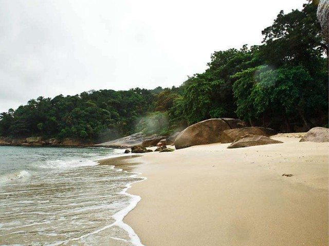 Praias escondidas - Sangava